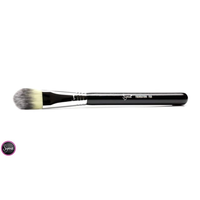 F60 Foundation Brush - Light Blue/Chrome