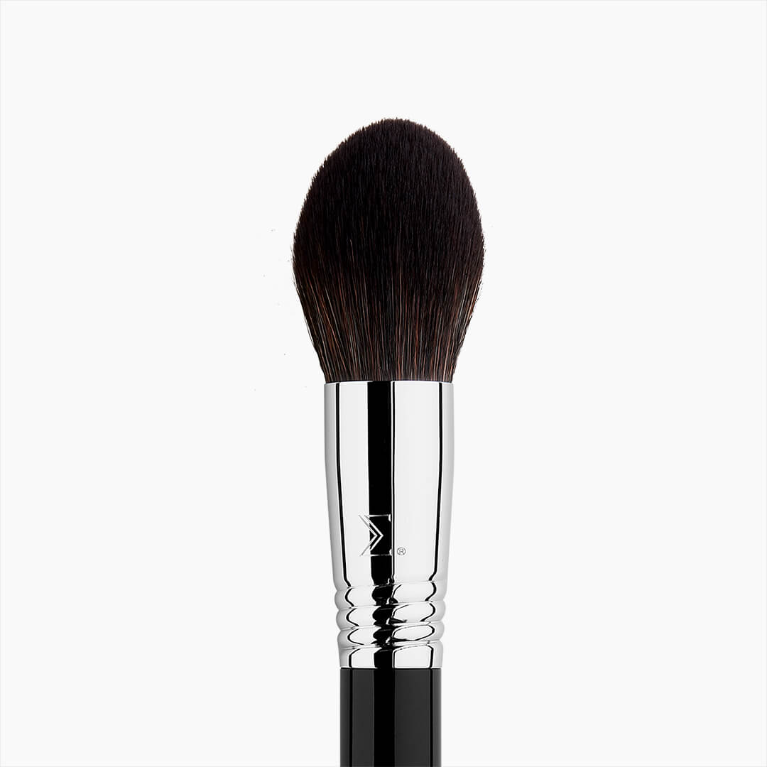 F29 HD Bronzer Brush - close up