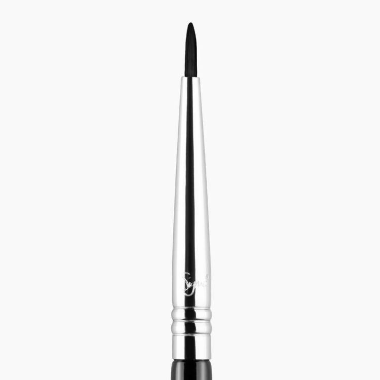 E11 Eye Liner Brush