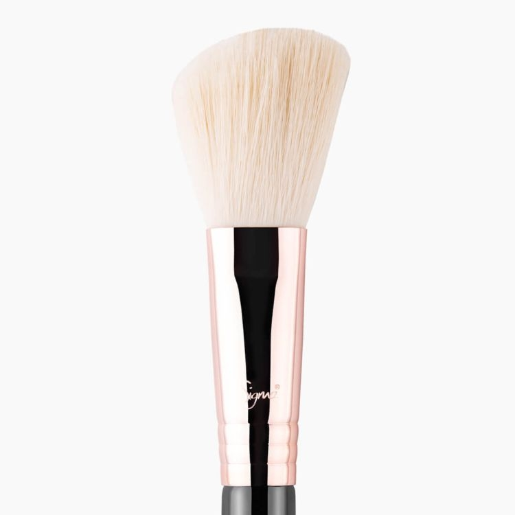 F40 Large Angled Contour Brush Copper close-up view