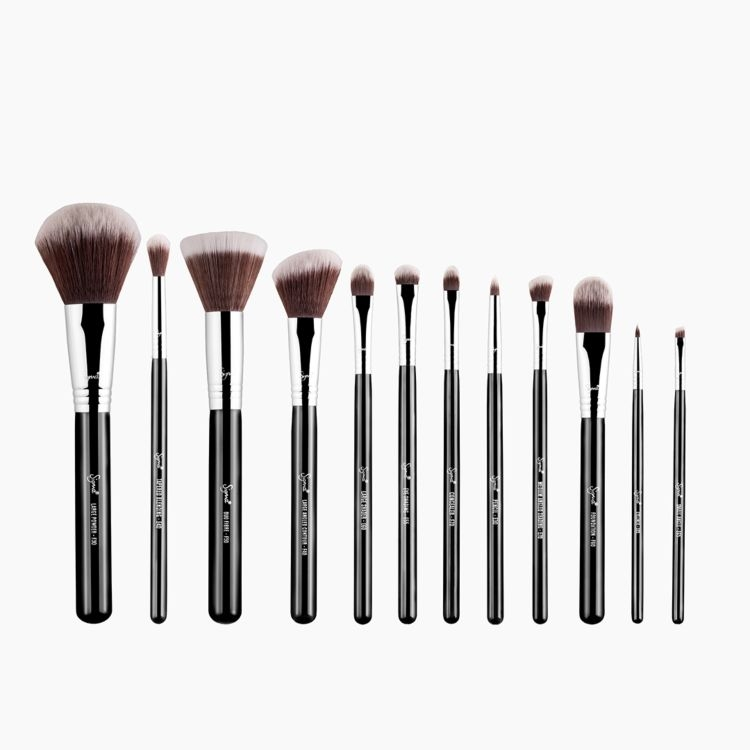 Essential Makeup Brush Set - Mr. Bunny