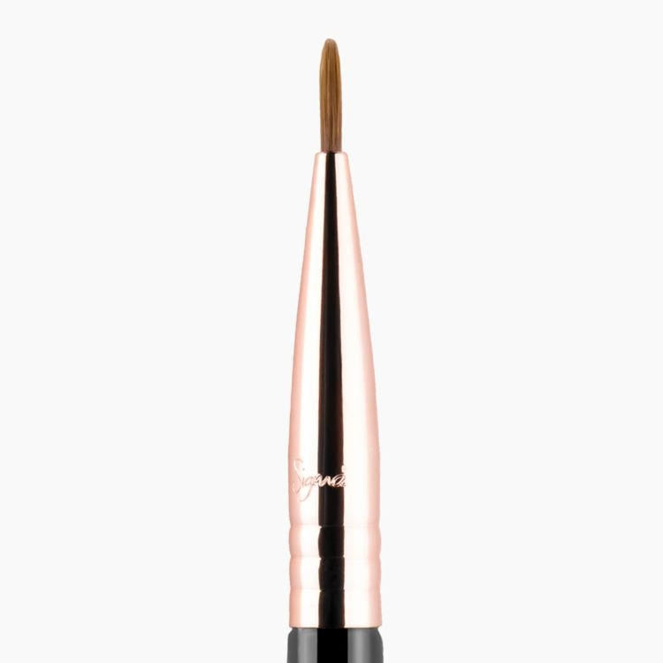 E10 Small Eyeliner Brush - Black/Copper - close up