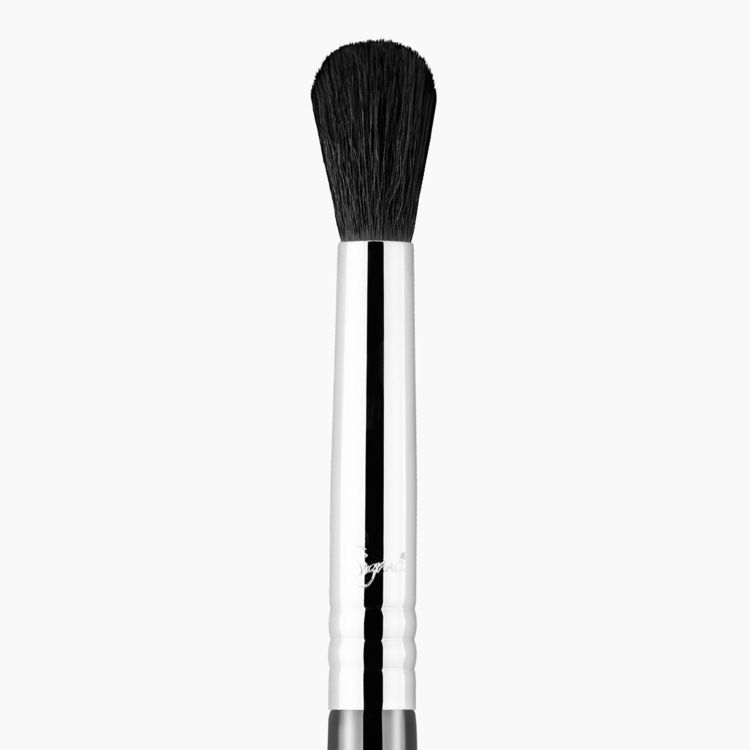 E38 Diffused Crease™ Eye Brush