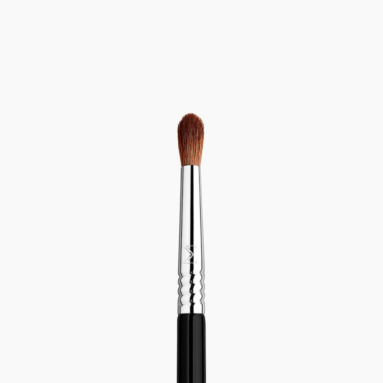 E42 Precision Firm Blender™ Makeup Brush