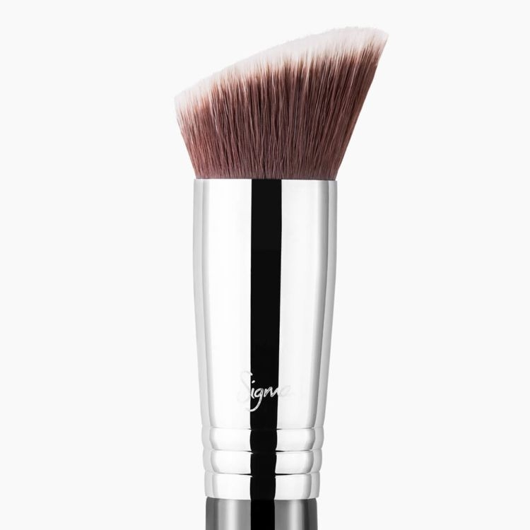 F88 Flat Angled Kabuki Brush Chrome close-up view
