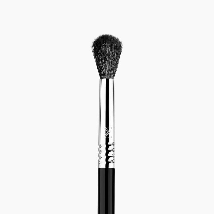 E40 Tapered Blending Makeup Brush