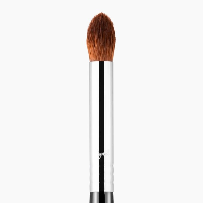 E44 Firm Blender Makeup Brush
