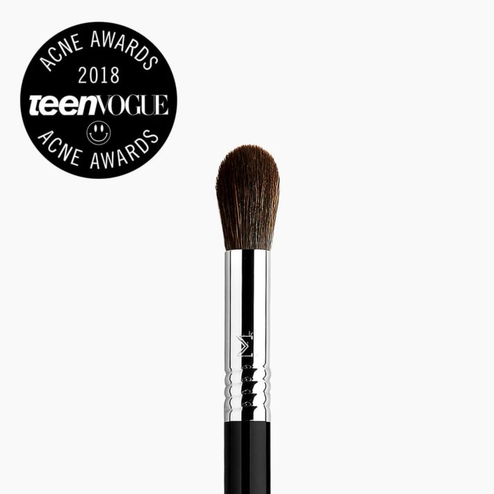 F64 Soft Blend Concealer™ Brush Teen Vogue Award Winner