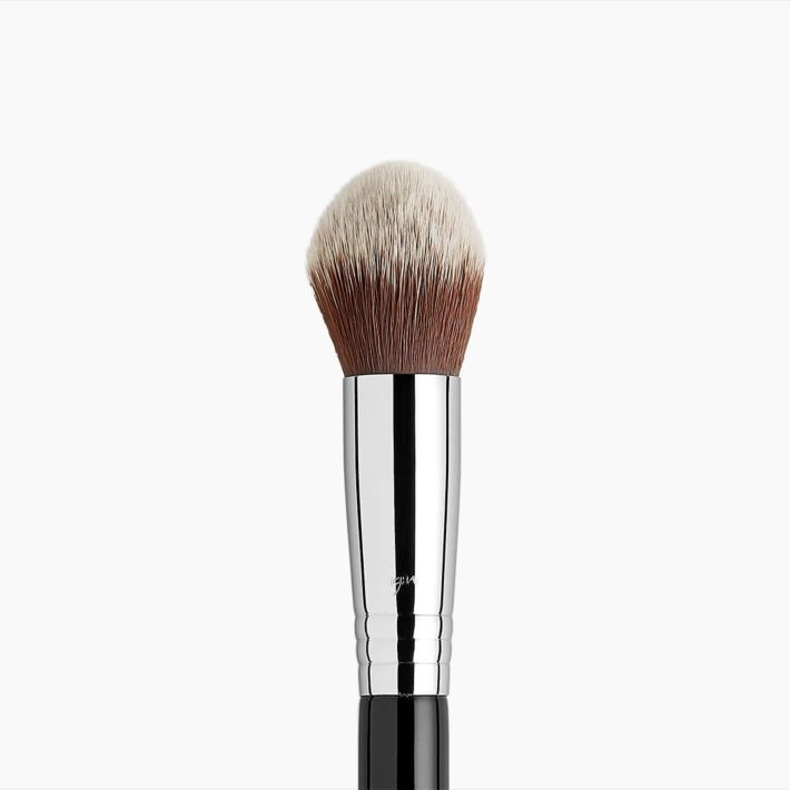 F79 Concealer Blend Kabuki™ Brush Hero