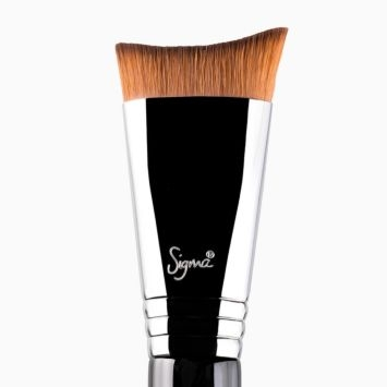 F56 Accentuate Highlighter™ Brush