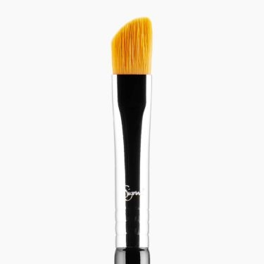 E62 Cut Crease Brush