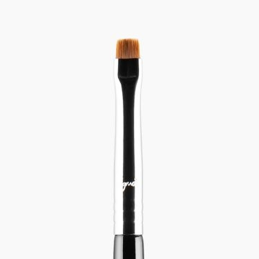 L06 Precise Lip Line™ Brush