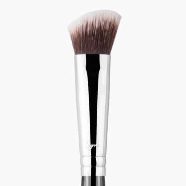 P84 Precision Angled™ Brush