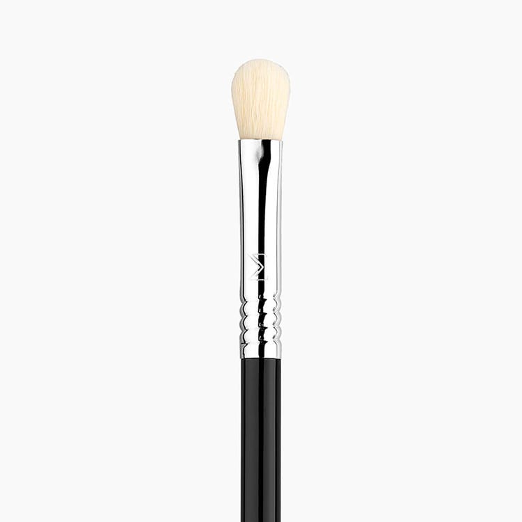 E25 Blending Eye Brush