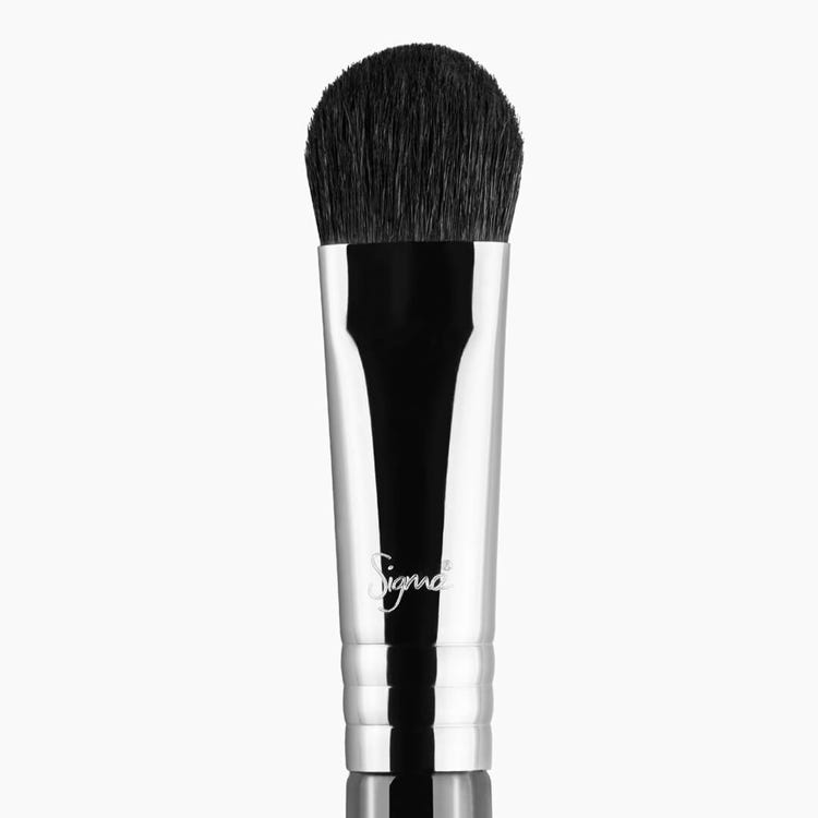 E50 Large Fluff Eye Brush - Black/Chrome