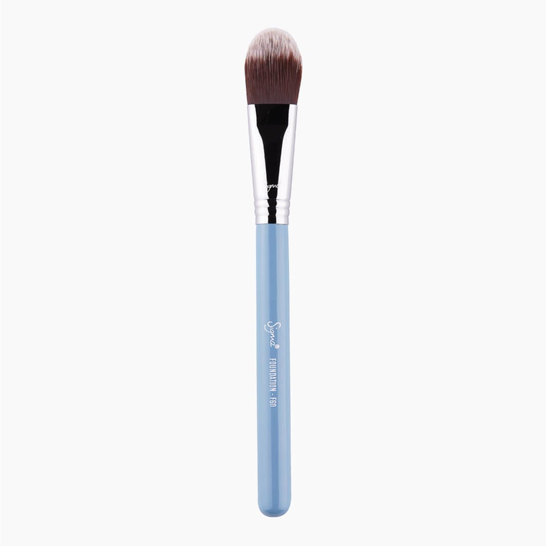 F60 Foundation Brush Blue full view