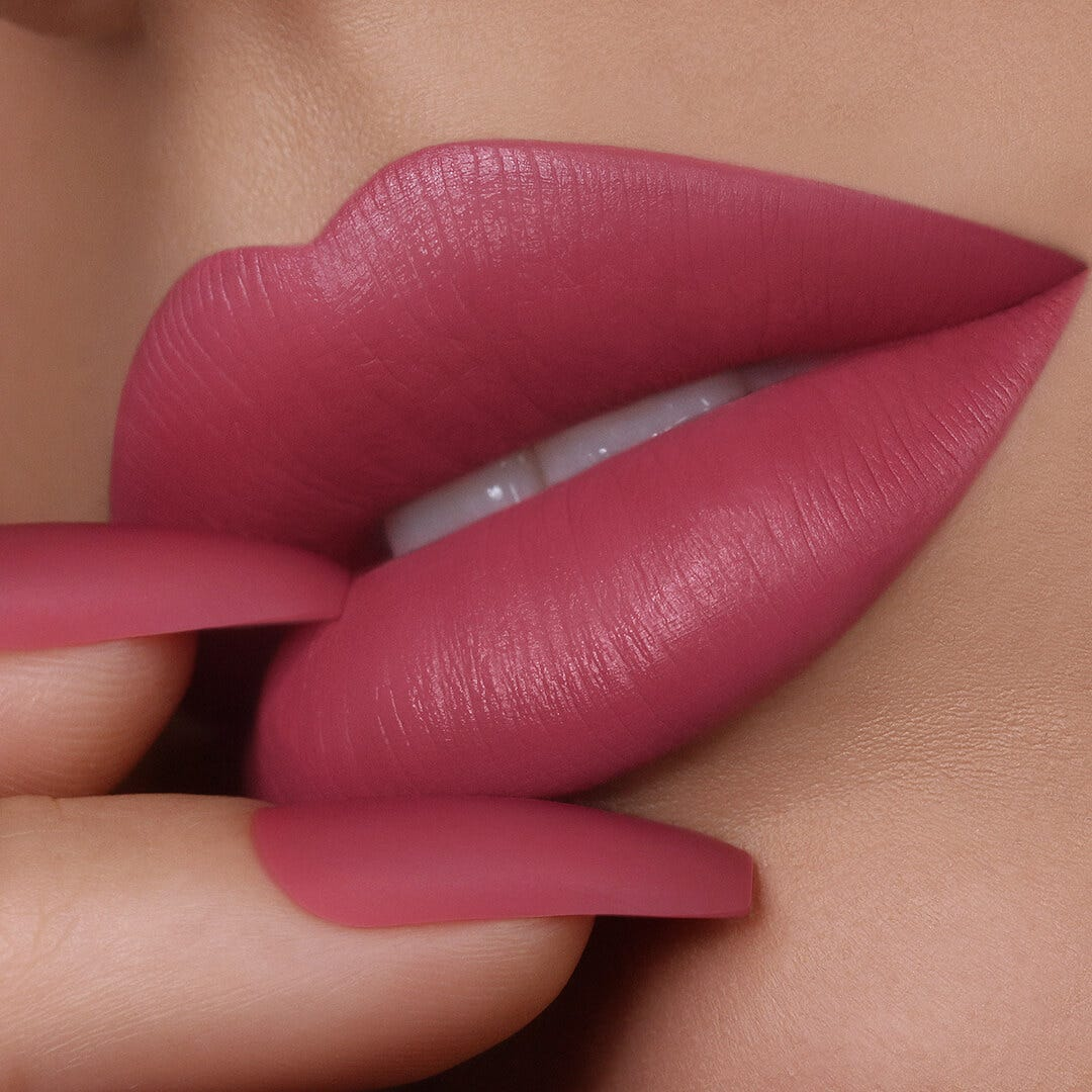 Liquid Lipstick - Awaken Model