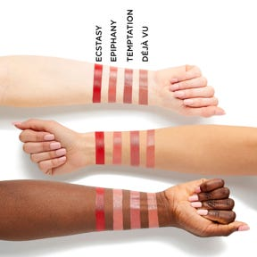 Infinity Point Lipstick Set Swatch