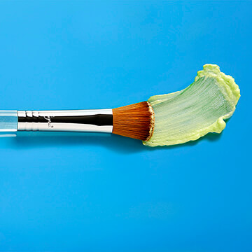 S15 Gel Mask™ Brush with skincare product